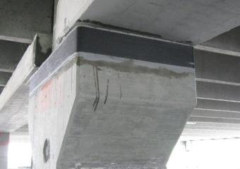 L'intervento ha interessato il consolidamento di 53 mensole in C.A. di appoggio relative alle travi dei 4 impalcati che compongono un autosilo con struttura prefabbricata sito in Mirandola, lesionato durante il sisma del 20 e 29 Maggio 2012.