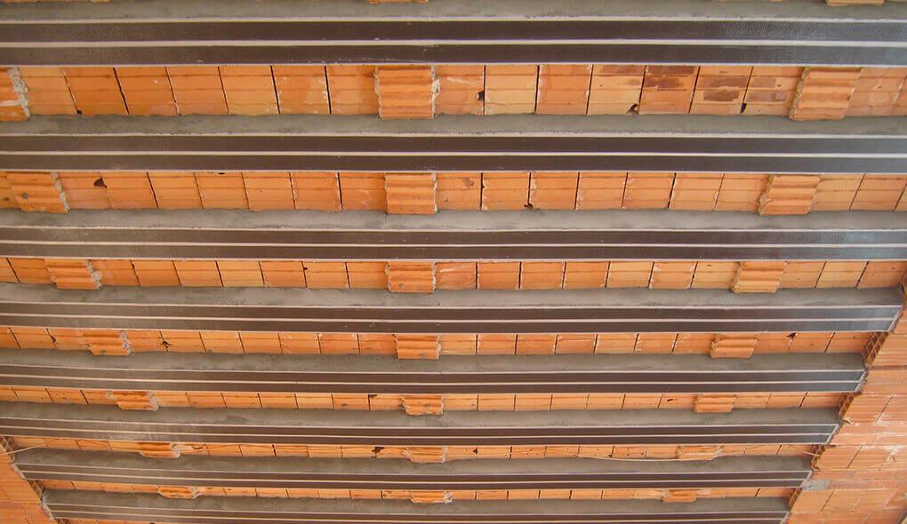 Adeguamento statico solaio in latero-cemento – Palestra Mornico Losana